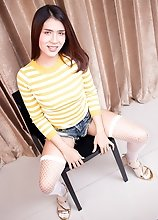 Ladyboy Bipor - Sensual Licking Frot Sperm Sloppy Rear