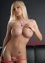 Busty blonde Kimber James toying her sweet ass