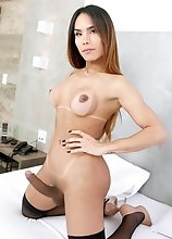 Kalliny Nomura is an amazing Brazilian tgirl, with a stunning body and an amazing ass! Watch her stroking her cock for you until she cums