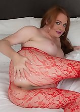 Sexy Wendy Williams in Hot Red Lace and Body Stockings will Make Your Cock Hard