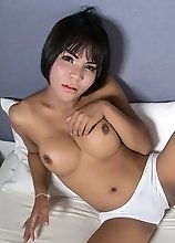 Yaya will Comfort Your Cock Longing For an Awesome Tranny Fuck